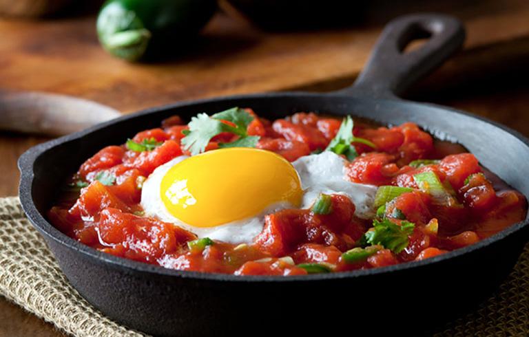 Huevos Rancheros met Mexicaanse Salsasaus